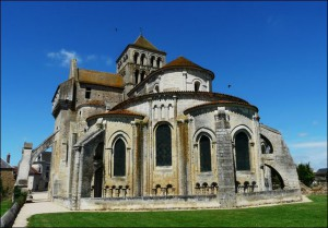 Abbatiale St Jouin de Marnes
